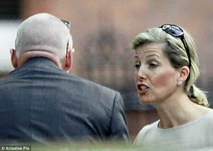 royal wedding meltdown sophie countess wessex bruce oldfield