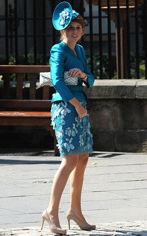 princess beatrice in turquoise