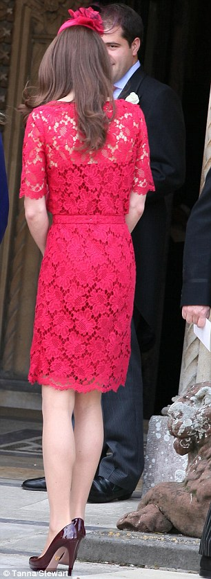 duchess catherine red lace dress