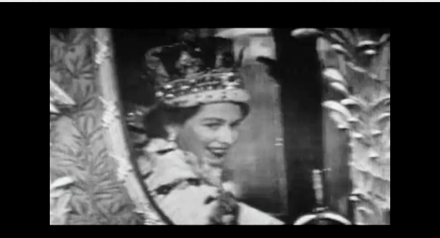 queen elizabeth in gold coach after coronation